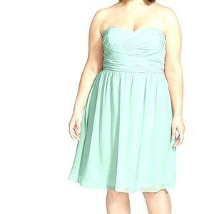 Donna Morgan Sarah strapless candy apple dress 8